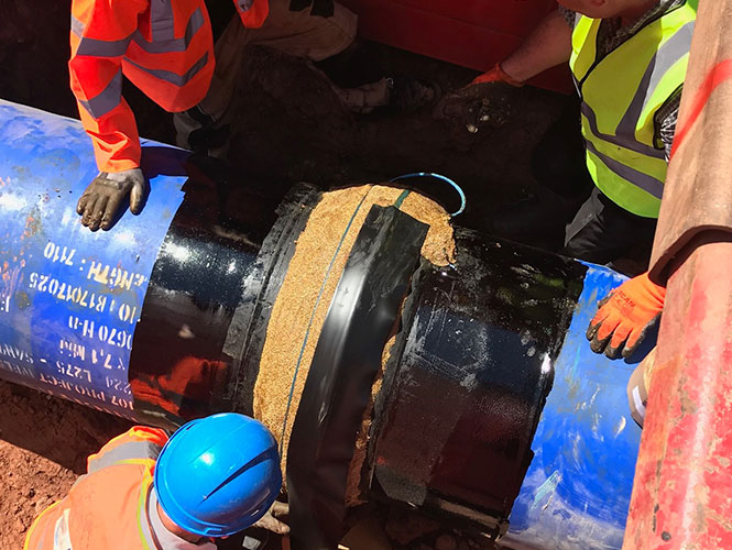 Premier P2 System being applied to a pipe flange.jpg